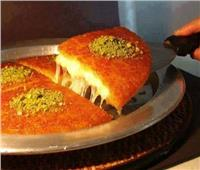 الكنافة النابلسية تحتل موائد الإفطار المصرية