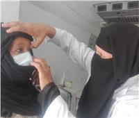 فحص طبي لـ1010 مواطن في قافلة طبية ببني سويف| صور