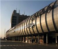 ترحيل 6 هنود من مطار القاهرة بعد ثبوت إيجابية إصابتهم بفيروس كورونا