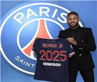 لثلاثة مواسم إضافية.. نيمار يجدد عقده مع باريس سن جيرمان