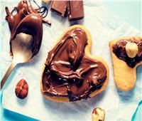 حلويات العيد | غريبة بالنوتيلا والكراميل بالمكسرات