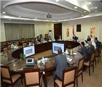 3 وزراء يناقشون مشروع اللائحة التنفيذية لقانون تنظيم الإعلانات على الطرق