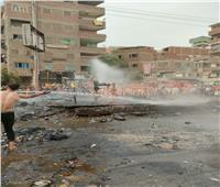 المشاهد الأولى للسيطرة على حريق هائل بالشارع الجديد في القليوبية.. صور