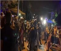 قوات الاحتلال تعتدي بوحشية على متضامنين مع أهالي حي الشيخ جراح | فيديو