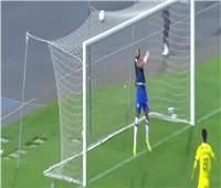 فيديو| مهاجم مغربي يتصدى لركلتي ترجيح ويقود فريقه لنصف نهائي كأس العرش