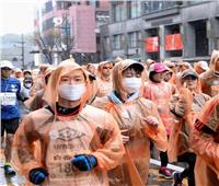 اليابان تُسرع وتيرة حملة تطعيم كبار السن في مواجهة الموجة الرابعة لكورونا