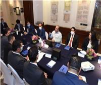 رئيس البورصة يلتقي أعضاء تنسيقية شباب الأحزاب