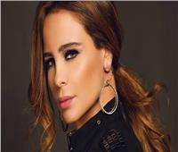 كارول سماحة ترد على انتهاكات حي الشيخ جراح بفيديو تشويقي من ألبومها الجديد