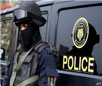 مصرع أمين شرطة صدمته سيارة في كمين أمني بـ«قنا»