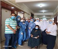 خروج 30 حالة من مصابي«كورونا» بعد تماثلهم للشفاء بـ«مستشفي الإيمان العام» بأسيوط