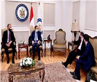السفير الأمريكى بالقاهرة: نرغب فى تعزيز الاستثمارات بالبترول والغاز