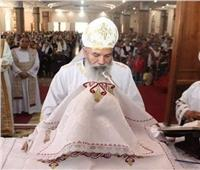 البابا تواضروس ينعيكاهن من إيبارشية طهطا وجهينة