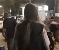 فيديو| «بعد إطلاق صواريخ من غزة».. إسرائيليون يحتمون في رمات جان