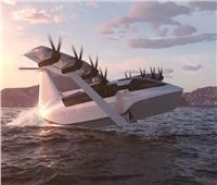 «قارب طائر كهربائي» يطير بسرعة 180 ميلاً في الساعة | فيديو
