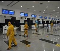 استمرار تعقيم المطارات استعدادا لـ«عطلة عيد الفطر»| صور