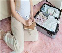 استعدادات الولادة.. حقيبة الأم و«البيبي»
