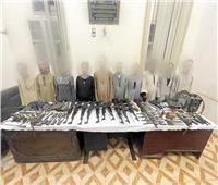 «الداخلية»: ضبط 180 قضية ممنوعات وتنفيذ 80 ألف حكما