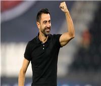 «تشافي» يحسم موقفه من العودة لـ«برشلونة»