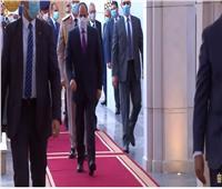 شاهد | لحظة وصول الرئيس السيسي لمسجد الماسة لأداء صلاء عيد الفطر