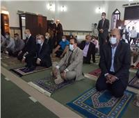 شوشه يؤدى صلاة عيد الفطر المبارك فى المدينة الشبابية بالعريش