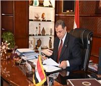 وزير القوي العاملة يهنئ نواب البرلمان والشيوخ بعيد الفطر المبارك
