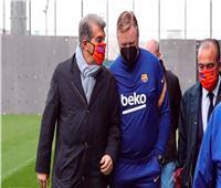«لابورتا» يجتمع بكومان لمناقشة مستقبله مع برشلونة