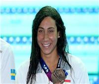 «فريدة عثمان» تتأهل إلى نهائي بطولة إينديانا الأمريكية للسباحة