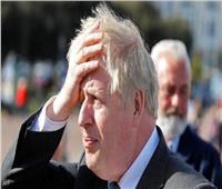 رئيس الوزراء البريطاني: أمامنا خيارات صعبة لمواجهة «المتحور الهندي»