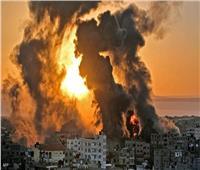 إسرائيل تقصف غزة مجدداً وصدامات في الضفة الغربية