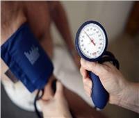 أبرزها «الرنجة».. أطعمة تعمل على خفض ضغط الدم