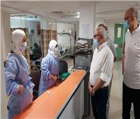 محافظ بورسعيد يهنئ طاقم مستشفى السلام بعيد الفطر المبارك