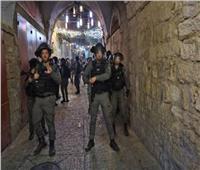 قوات الاحتلال الإسرائيلي تقتحم منازل بحي الشيخ جراح