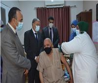 محافظ المنيا: انتظام العمل بمراكز تطعيم لقاح كورونا خلال أيام عيد الفطر