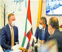 وزير السياحة يلتقي ممثلي كبرى منظمي الرحلات والفنادق بـ«السوق العربية»