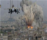 قصف مناطق متفرقة من قطاع غزة وإصابات بالاختناق في الخليل