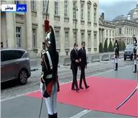 بث مباشر: وصول الرئيس عبد الفتاح السيسى الى قصر «افيمير الكبير»