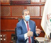القوى العاملة تحمل «جزار إيطالي» مصروفات علاج عامل مصريفقد أصابعه في مفرمة
