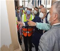 ترميم المبنى الرئيسي لكلية آداب القاهرة لاستعادة هويته الأثرية
