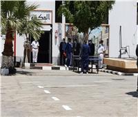 أطباء مستشفى سجن الفيوم يجرون فحص شامل على السجناء | صور