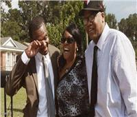 بعد السجن 31 عاما بالخطأ.. شقيقان يحصلان على 75 مليون دولار