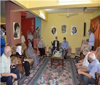 محافظ الإسماعيلية يزور قصر ضيافة كبار السن ودار الرحمة لرعاية الأطفال