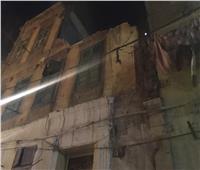 انهيار جزئي لعقار غرب الإسكندرية .. والحي: إخلاء 6 أسر متضررة  صور