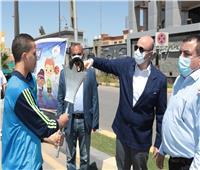 محافظ بني سويف يطلق شعلة أولمبياد الطفل المصري