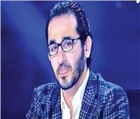 أحمد حلمي ناعيا سمير غانم: «اللي كان بيفرحنا في زعلنا مشي»