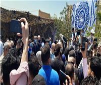 لحظة نقل جثمان سمير غانم لمثواه الأخير بمقابر العائلة  صور وفيديو
