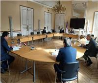 وزير التعليم العالي يبحث مع نظيره الفرنسي إقامة «بيت مصر» في باريس