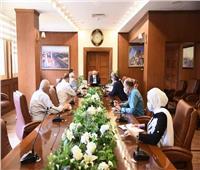محافظ بورسعيد يبحث سبل تطوير مركز الأشعة بمحافظة بورسعيد