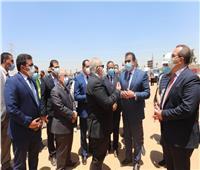 وزير التعليم العالي يتفقد الفرع الدولي لجامعة القاهرة بمدينة 6 أكتوبر | صور