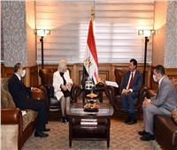«وزير الرياضة» يستقبل السفيرة هيفاء أبو غزالة