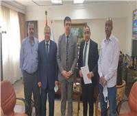 حسين زين يلتقى برؤساء النقابات العمالية بالوطنية للإعلام لبحث المشاكل المالية والإدارية